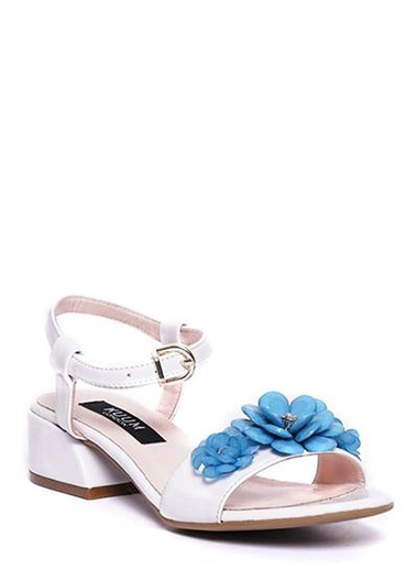 Kuum Kalın Topuklu Sandalet Beyaz